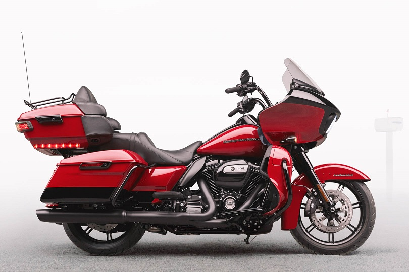 Click image for larger version  Name:2020-Harley-Davidson-Road-Glide-Limited-First-Look-touring-motorcycle.jpg Views:44 Size:157.7 KB ID:760635