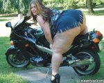 fat_chick_on_motorcycle.jpg